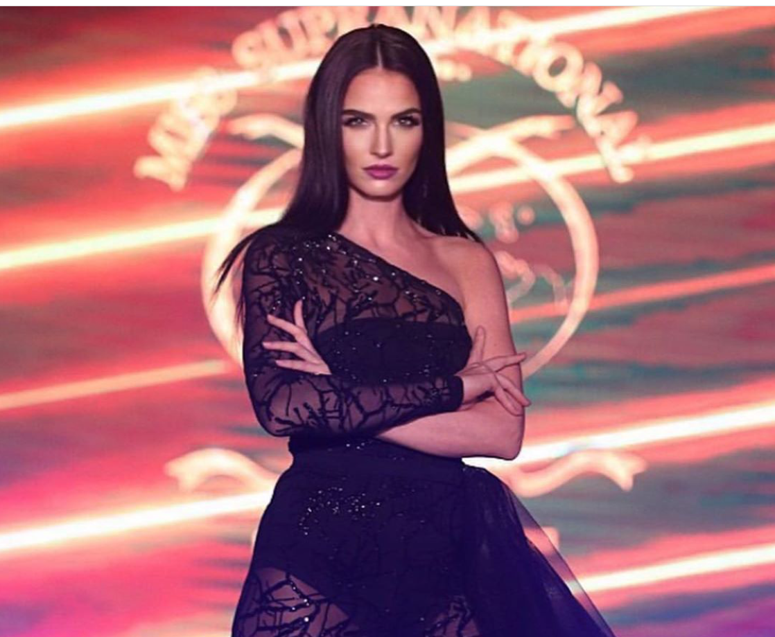 Hana Vágnerová v TOP 10 Best Talent na Miss Supranational